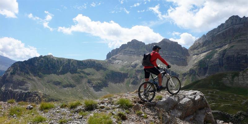 Ekainak 12 EL SOMBRERO ( 2.562 m )