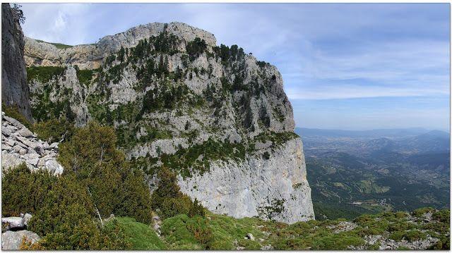 28-6-2014. Peña montañesa (2290m)Un balcon de lujo Faixa del toro