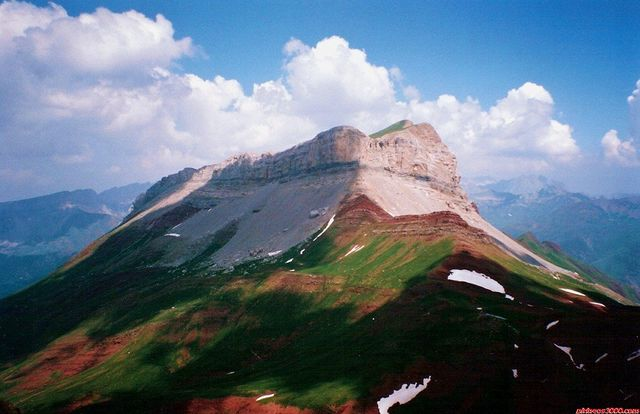 7-9-2014. Castillo de Acher (2.384m)